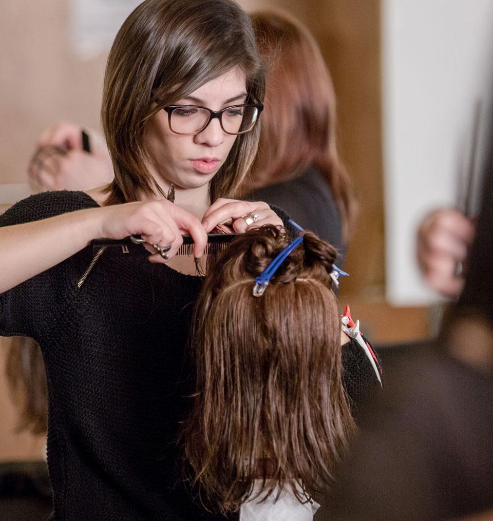 Cutting Crew Der Friseur